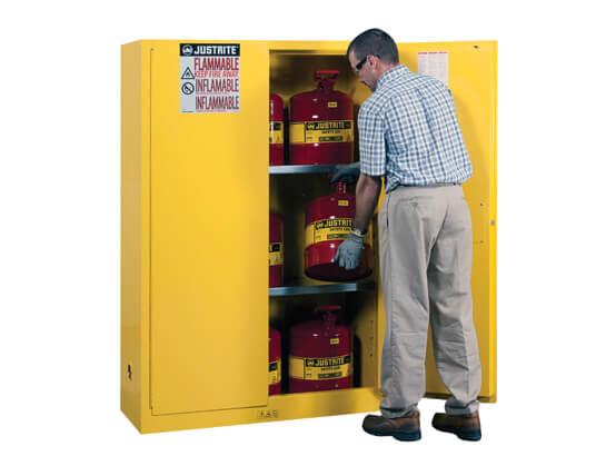 894500- ארון בטיחות 45 גלון ustrtie-safety-cabinet